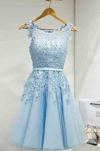 Sky Blue Elegant Appliques Scoop Neck Homecoming Dress