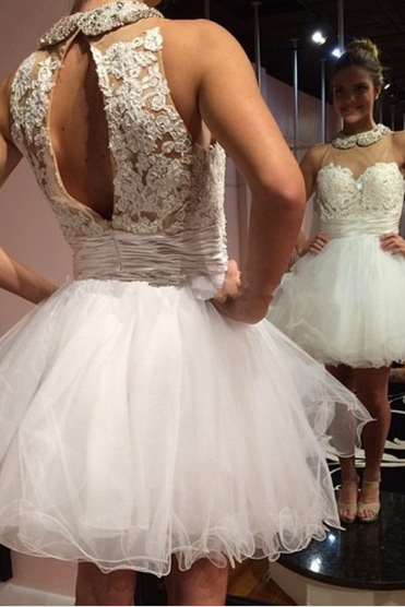 Tulle Beaded Short Open Back Homecoming Dress With Appliques